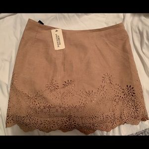 NWT Forever 21 mini suede skirt